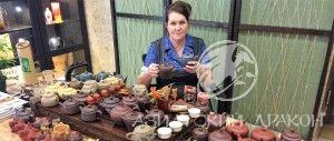 Ольга - чайный мастер в Чайном Доме на Гоголя